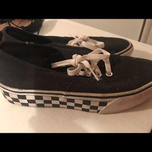 Vans platform sneaker